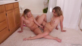 FULL SCENE MommysGirl Sharing Wet Squirts With My Step-Daughter