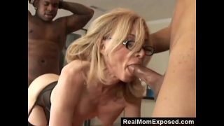 RealMomExposed – Horny Milf Gets Double Penetrated